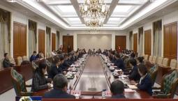 景俊海與中國醫藥集團董事長劉敬楨舉行會談