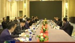 景俊海与国际乒联首席执行官史蒂夫·丹顿举行会谈