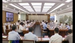 景俊海在省政府专题会议上强调 坚持生态保护与经济发展相得益彰 加快推动吉林全面振兴全方位振兴