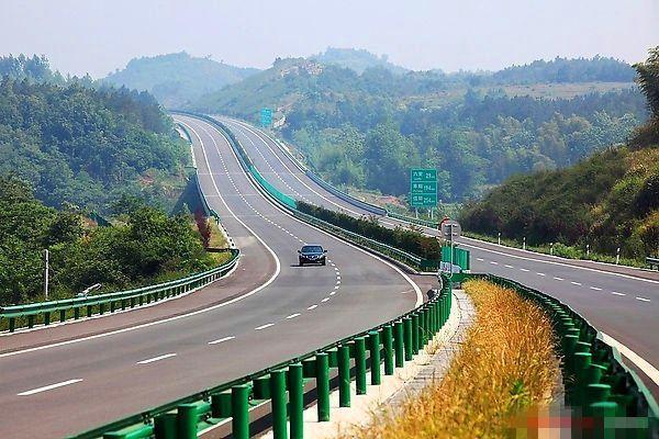 吉林省高速公路管理局提示:珲乌高速(g12)延吉北收费站互通延吉至长春图片