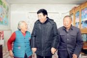 巴音朝鲁在农村党建联系点走访调研