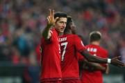 欧冠-蒂亚戈3助攻格策破门莱万戴帽 拜仁主场5-0