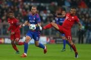 欧冠-科曼造三球莱万穆勒破门 拜仁4-0头名晋级