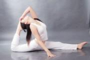 睡前瑜伽十分钟 健康瘦身又安眠