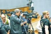 中国经济创造了奇迹——外媒记者采访两会的声音