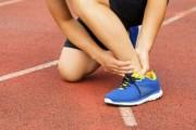 脚踝扭伤不用怕 中医3个方法来治疗