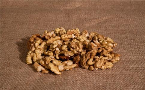核桃有什么吃法 核桃的最佳吃法 核桃有什么营养功效