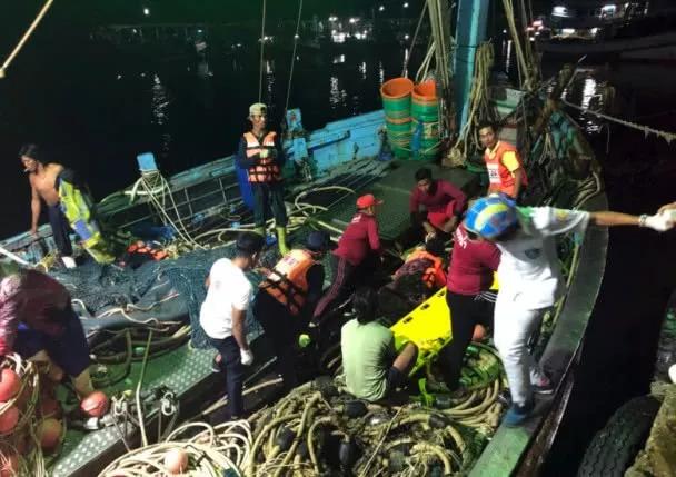 1名中国游客溺亡,约50名中国游客失踪   普吉岛翻船事故最新进展