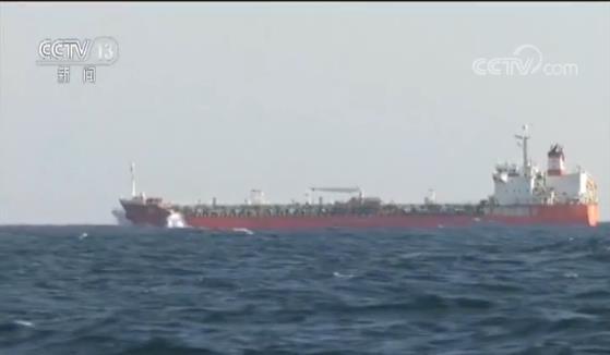 中国海军护航十周年——解读护航 不畏艰险战风斗浪 展现大国担当