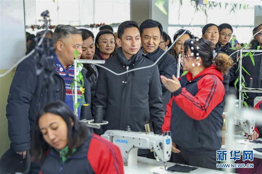 (图文互动)(2)12国驻华使节参访新疆 感受和谐稳定期待深度合作