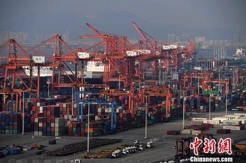 年中經濟觀察:世界更加依賴中國經濟意味著什么?