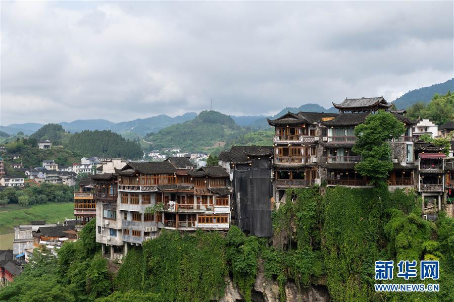 (圖文互動)(6)美了鄉村 富了山民——湖南崛起一批文旅特色小鎮