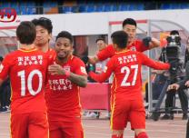 中超第六轮:长春亚泰3比0战胜河南建业取得赛季首胜