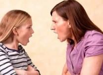 """家长们花巨资上""""止吼课"""" 评:还是太焦虑了"""