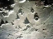 嫦娥四號證實月球背面幔源物質為橄欖石和低鈣輝石