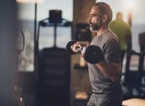 """运动是""""抗病良药"""",你的年龄最适合什么运动?"""