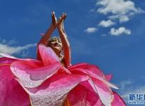 第十七屆珠峰文化旅游節開幕點燃群眾文化熱情