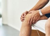 拿什么拯救脆弱的膝盖?穿鞋、姿势和饮食很重要