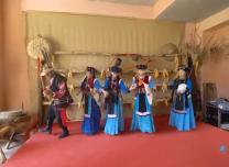 """""""可愛的中國""""之普米族:彈四弦、跳""""搓蹉"""",他們帶著民族文化走出了國門"""