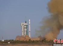 中國成功發射試驗六號02星