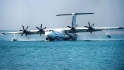 """会""""游""""的飞机、会""""飞""""的船——国产大型水陆两栖飞机AG600水上首飞三大看点"""
