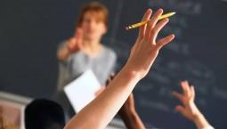 老師不敢批評學生?教育部:實施細則明確教師懲戒權
