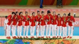 三十八载过,十冠已在手!今天属于中国女排
