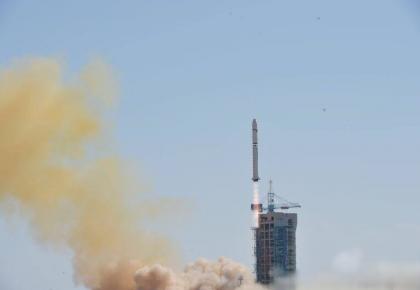 """""""吉林一号""""卫星发射成功"""
