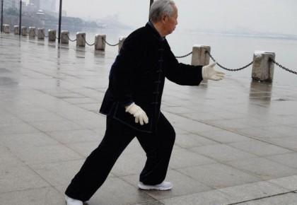 老人冬季保健的注意事项有哪些 养生多做7步保健操