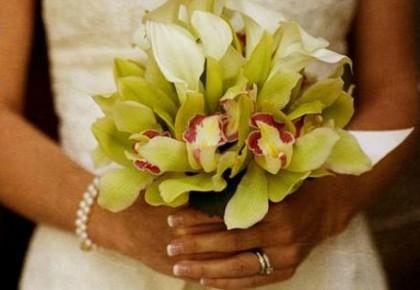 """为在""""5·21""""当天给马拉松让路 有新人推迟婚期有新人提前接亲"""