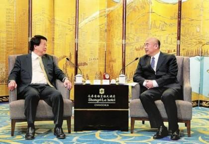 共享战略机遇 加强投资合作 刘国中会见新加坡客人