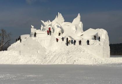 2018年净月潭瓦萨国际滑雪节主雪雕《龙腾盛世》今日开雕