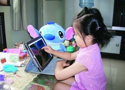 研究:限制儿童使用电子设备时间非明智之举
