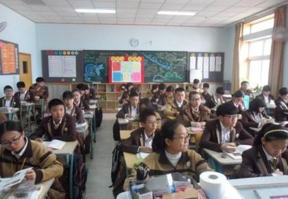 教育部:确保今年底基本消除66人以上超大班额