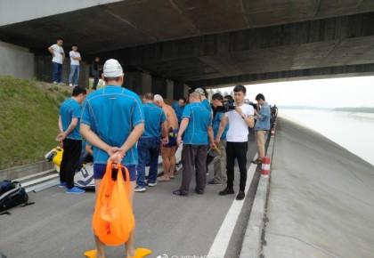 空姐遇害案最新进展:救援队员正搜索打捞嫌疑人