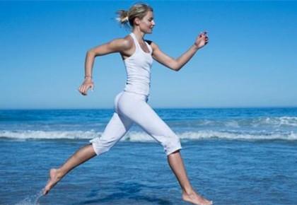 """夏日""""瘦身族""""增多专家建议科学减肥"""