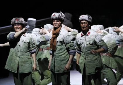 原创民族舞剧《天路》首演惊艳京城   国家大剧院www.yabet19.net市歌舞团联袂演绎