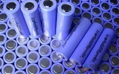 """国内动力电池行业现""""冰火两重天"""" 或销售金额破8亿 或订单不足停产放假"""