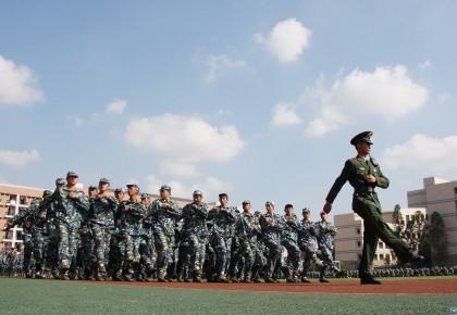 新生入学,一起来看看教育局对军训说了啥?