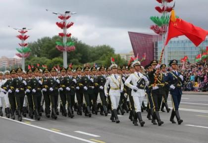 """燃!这支""""中国队""""在白俄罗斯""""踢""""出了水平"""