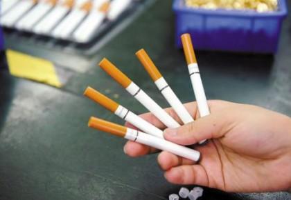 国家出手!禁止向未成年人出售电子烟,违者必究!