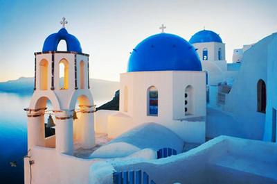 从明年起,希腊著名景点圣托里尼岛将限制游客数