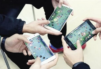 韩国这样管网游:半夜不让玩 花钱设上限 转移注意力