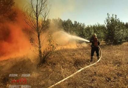 突发|浓硝酸泄漏引发火灾 双辽消防成功处置