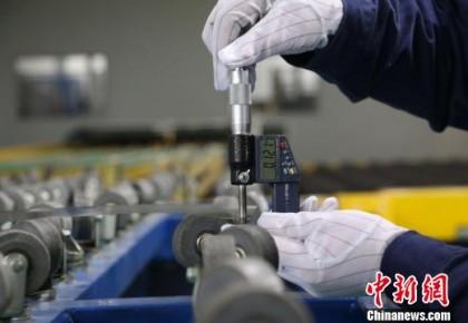 """厉害了!中国科学家首获国际玻璃界""""奥斯卡大奖"""""""