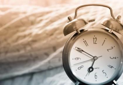 睡前兩小時是養生黃金期,適合做這些事!