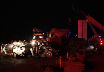 兰海高速事故14死34伤:肇事司机称刹车失灵 已被公安机关控制