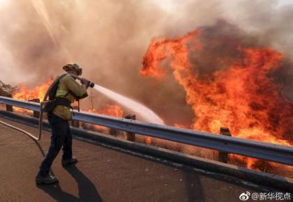持续肆虐!加州山火致死人数升至44人