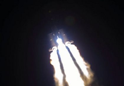 """五次执行探月工程发射任务:""""金牌火箭""""推举嫦娥四号奔向月球"""