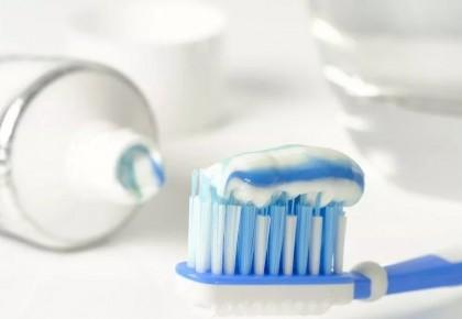 牙膏越贵越好?别花冤枉钱!这6个误区很多人还在相信
